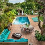 backyard-swimming-pool-deck-